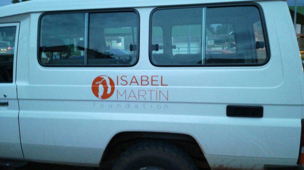 Ambulancia financiada por la Fundación en Dianra, Costa de Marfil.