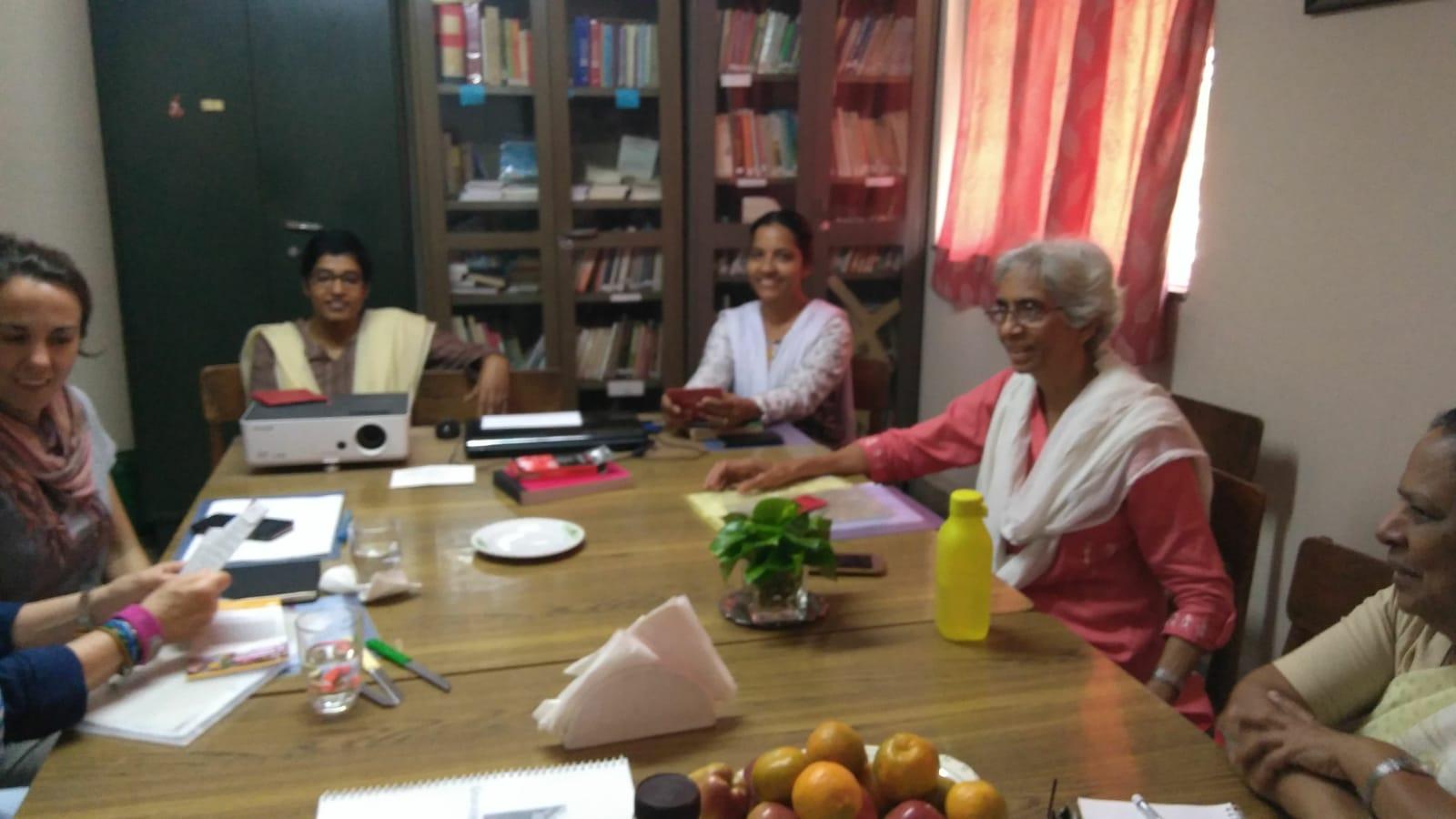 Reunión en Bombay de nuestro equipo con la dirección del Community College.
